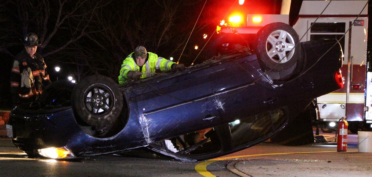 Driver ejected during rollover… [Video]