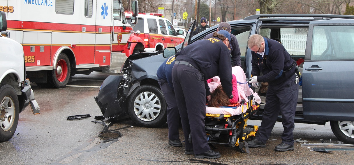 Three Car MVA: Injuries in notoriously hazardous school zone…
