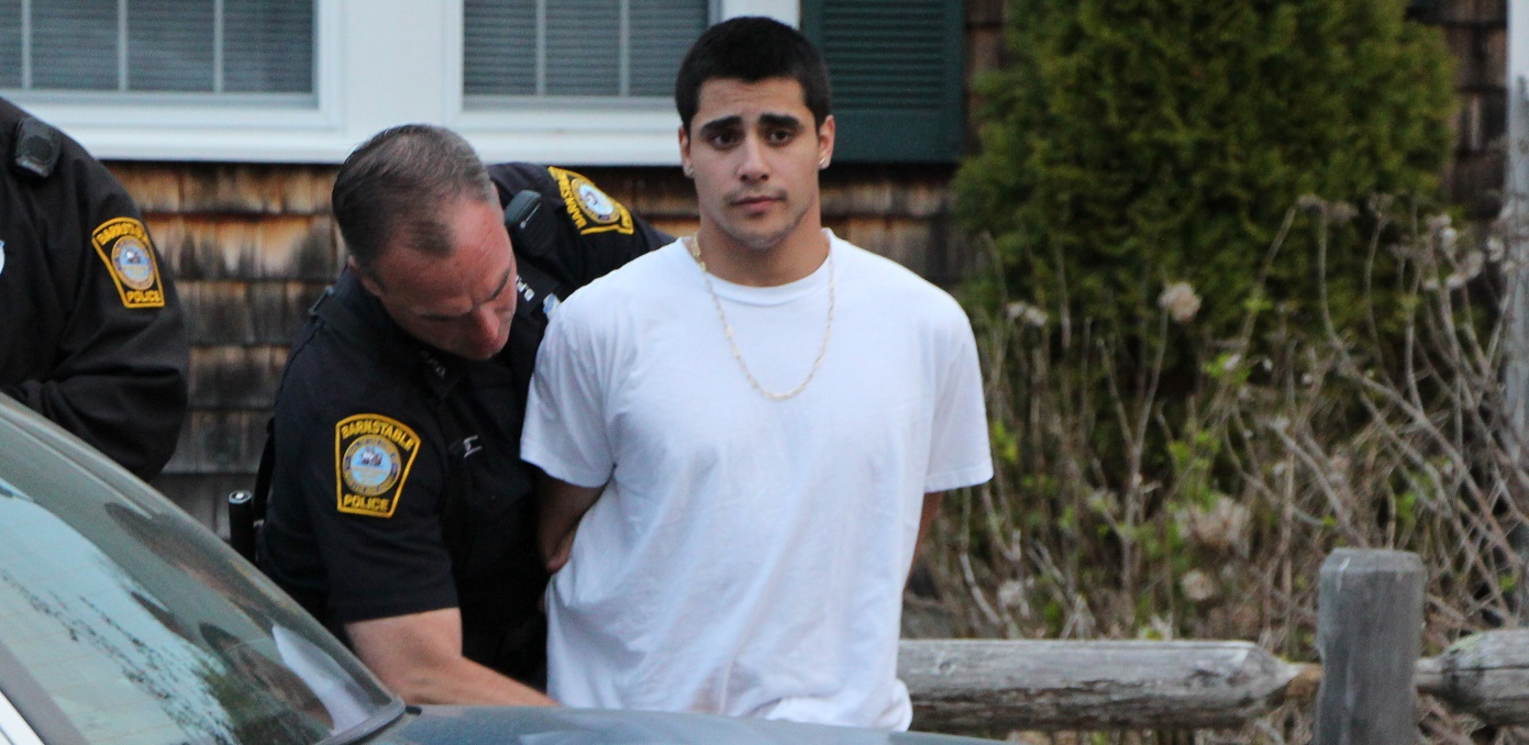 UPDATED: Shot fired at Keyes Beach… suspect caught nearby… with wad of cash… [VIDEO OF ARREST]