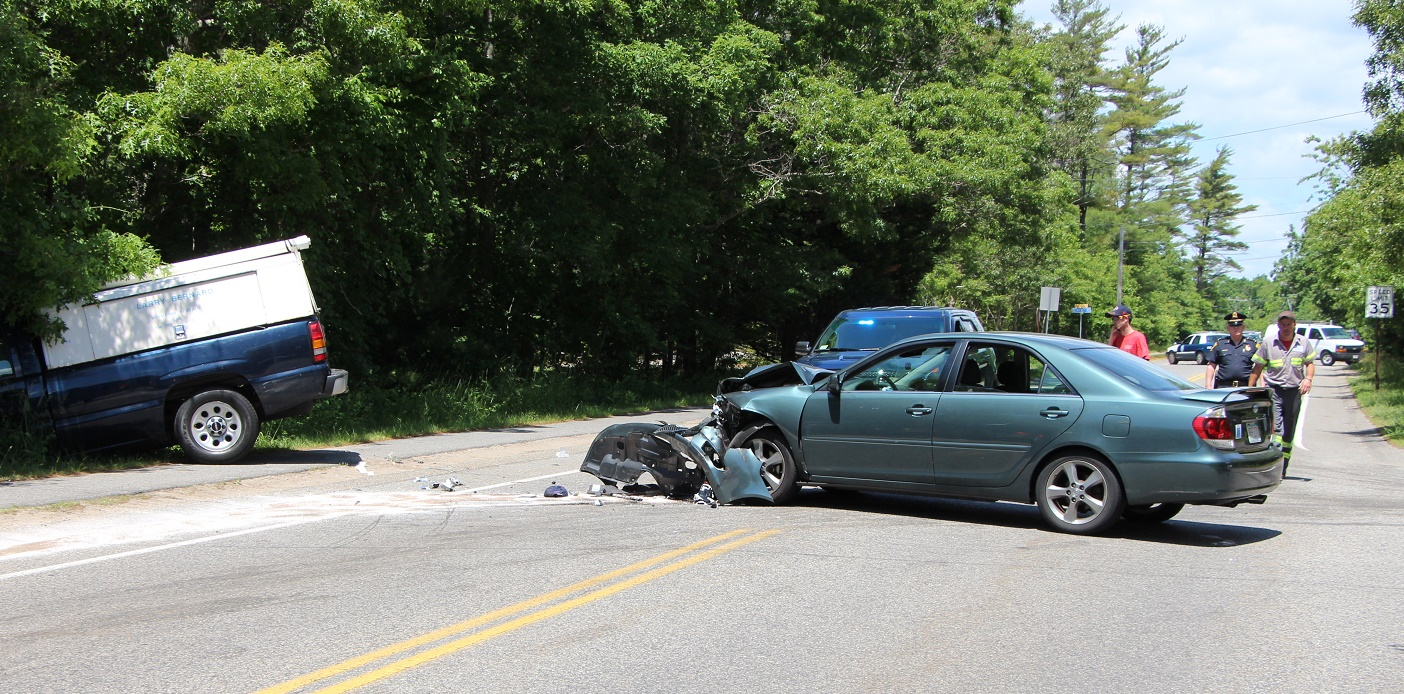 Head on collision closes Old Stage Road… sends 3 to CCH for evaluation… [Video]
