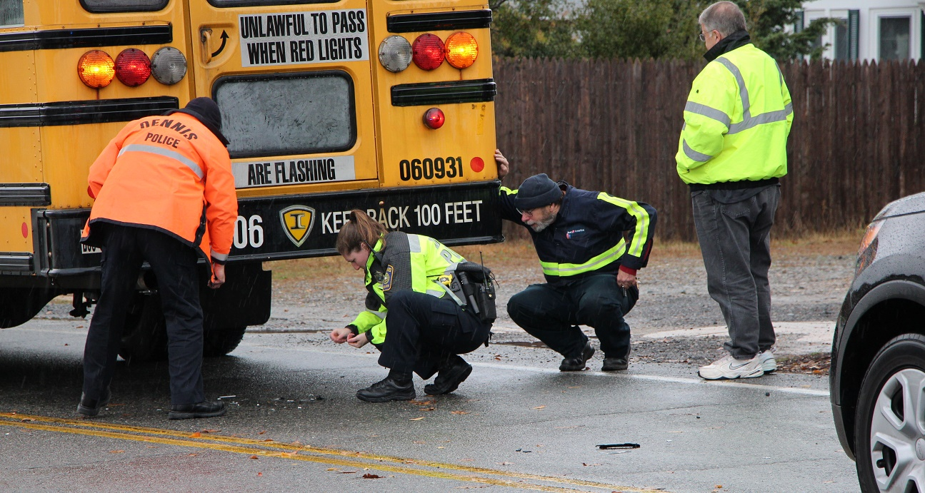 UPDATED:  Pickup truck flees after crashing into school bus… children were unharmed… [VIDEO]