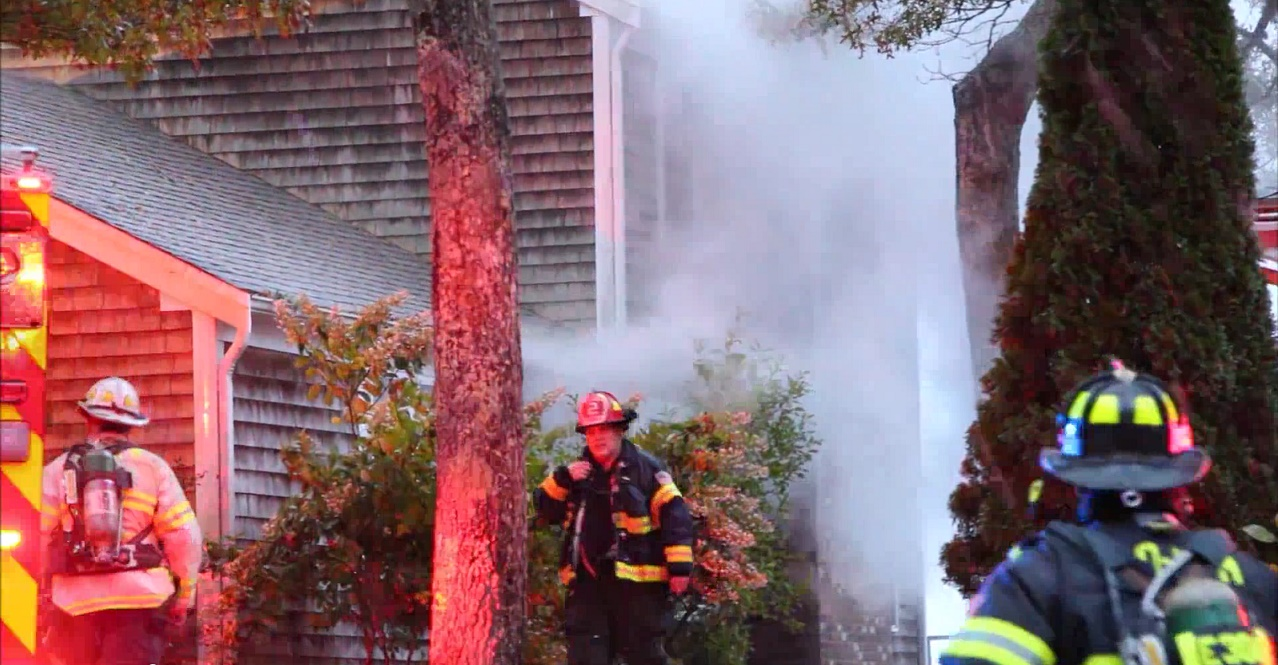 Firefighters save summer home on Annable Point Road… [VIDEO]