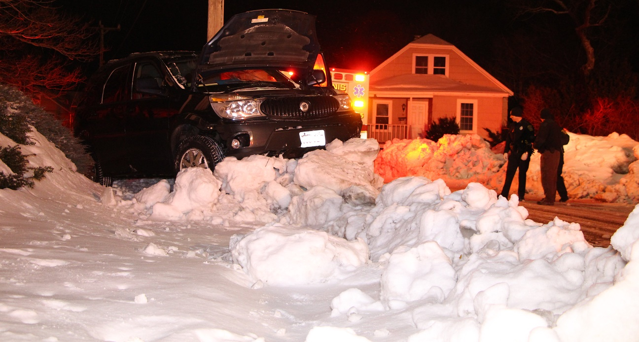 "NEWS BRIEFS:  Vehicle airborne into snowbank… ""threaded needle"" between home and utility pole.. [VIDEO]"