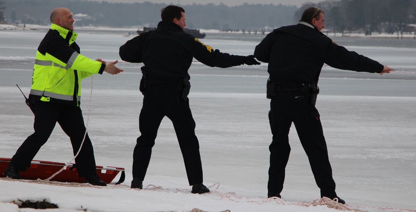 ICE RESCUE:  Firefighters try to save man and his dog from Cotuit Bay…  [VIDEO]
