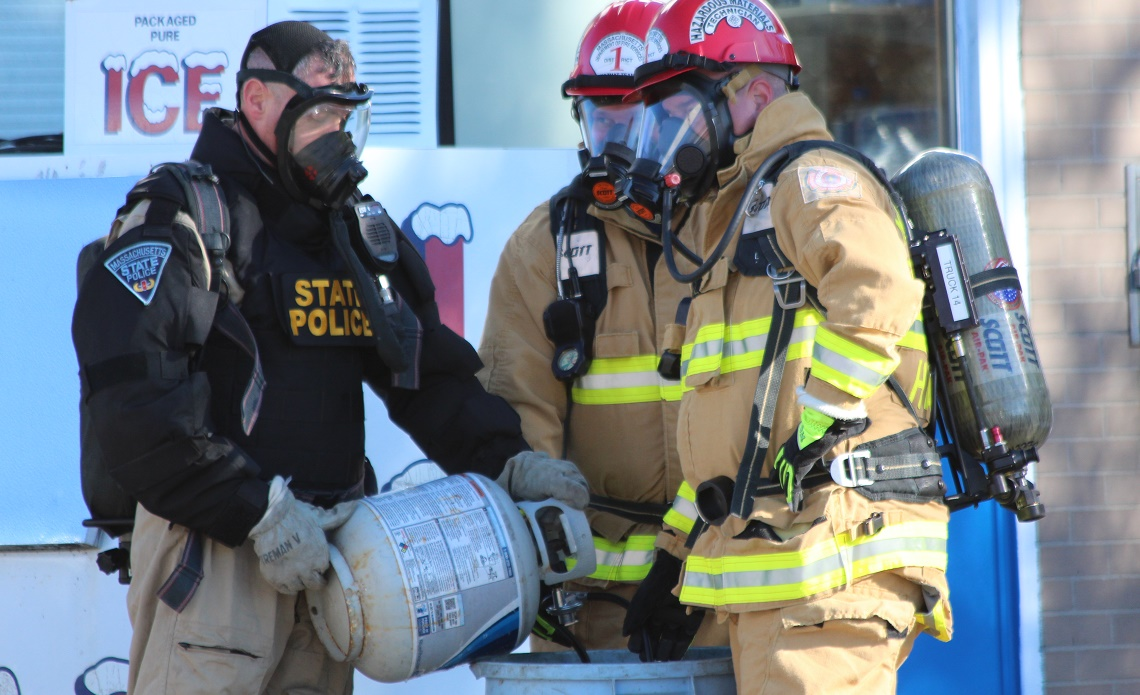 CAPE COD CRYSTAL METH LABS NOW LIKELY:  Bomb squads & Hazmat teams called in… Yarmouth gas station closed for hours…