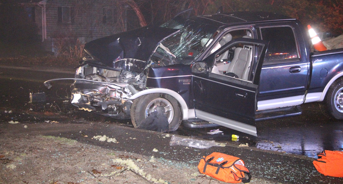 DEVELOPING:  Truck head-on into tree… crash woke neighbors… seriously injured man rushed to CCH…