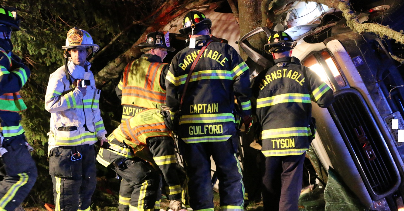 DEVELOPING:  Driver killed when truck rolled into tree on Route 6A… [VIDEO]