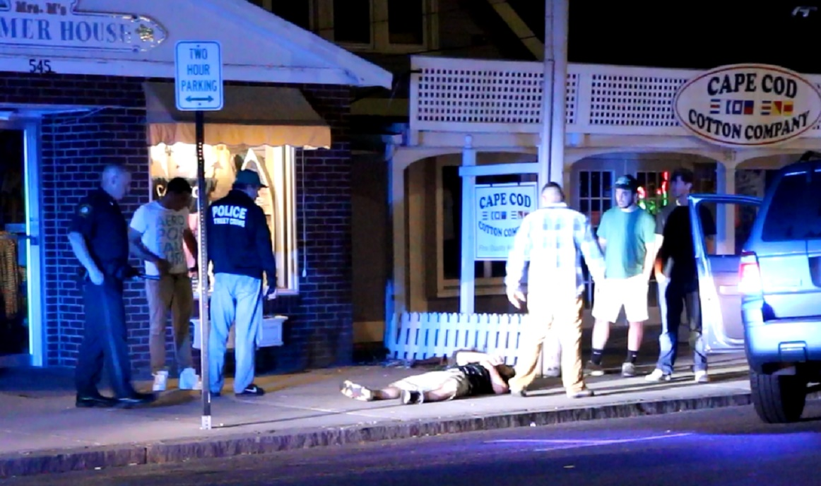 VIOLENCE ON OUR MAIN STREET: Young man found down on sidewalk bleeding from the head… [VIDEO]