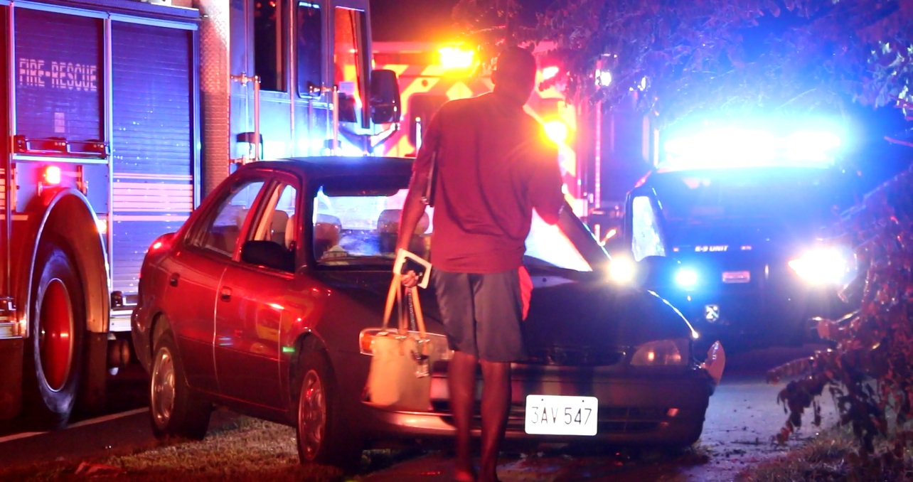 DRIVER FLED CRASH SCENE:  Woman in other vehicle taken to CCH… investigation is ongoing…  [VIDEO]