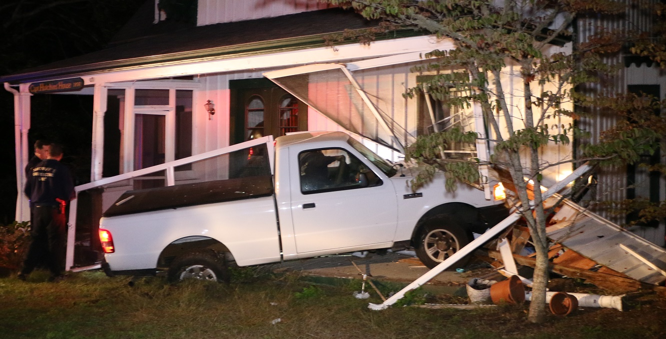 UNDER INVESTIGATION:  Truck crashes into historical 19th century sea captain's house… [VIDEO]