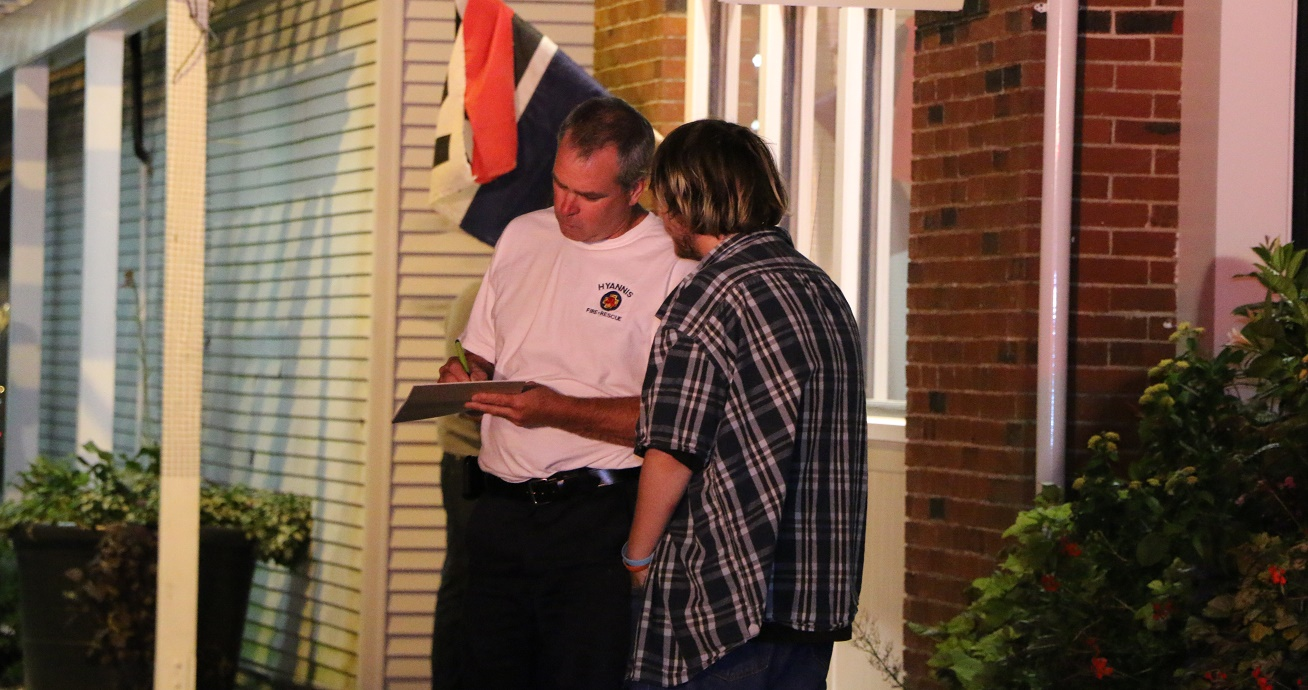 Police and firefighters investigating suspicious fire… [VIDEO]
