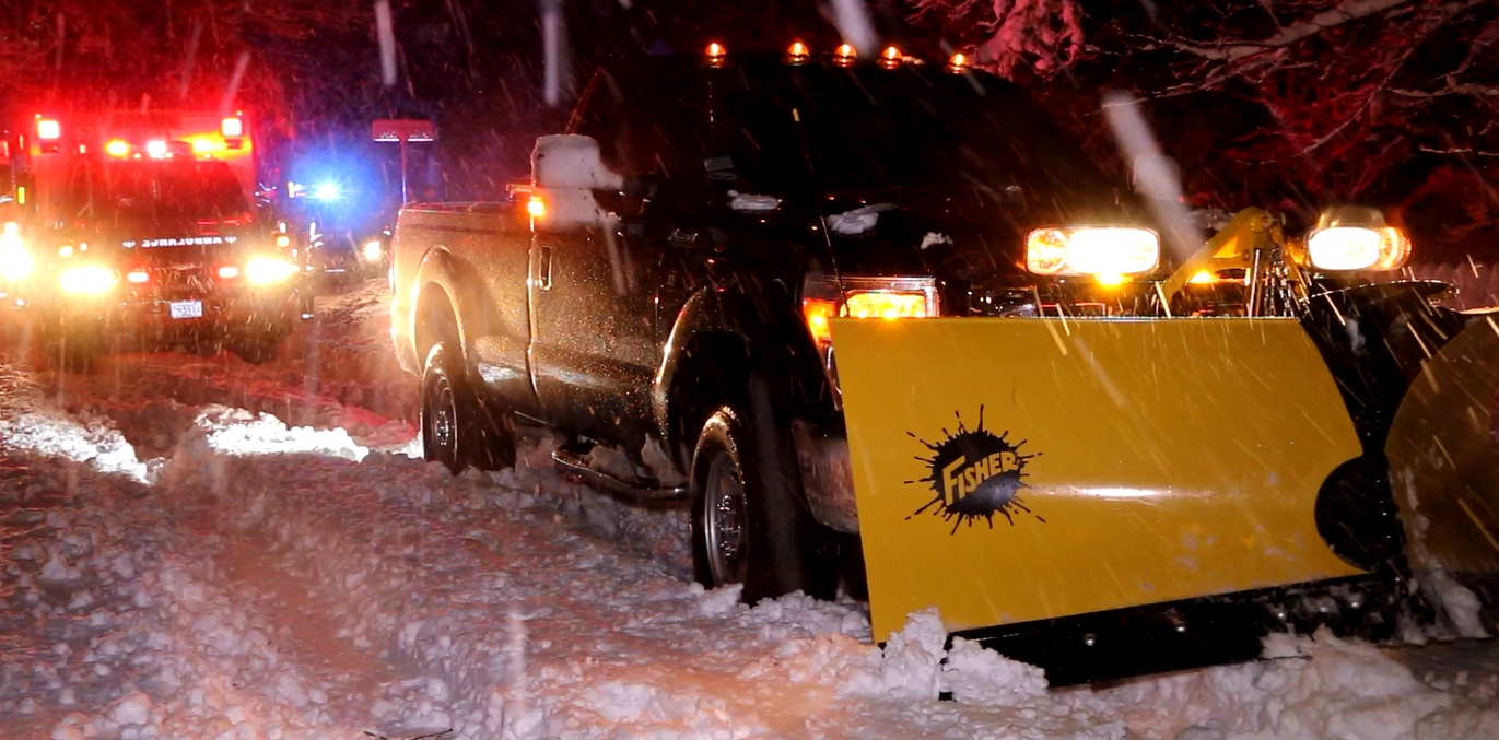HN STORM VIDEOS:  Pedestrian struck by plow… [UPDATED]