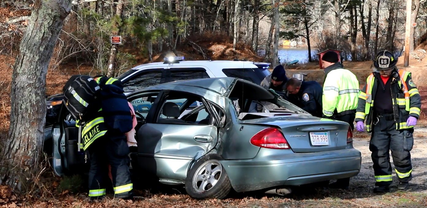Harwich PD investigating accident which sent 4 to CCH…  [VIDEO]