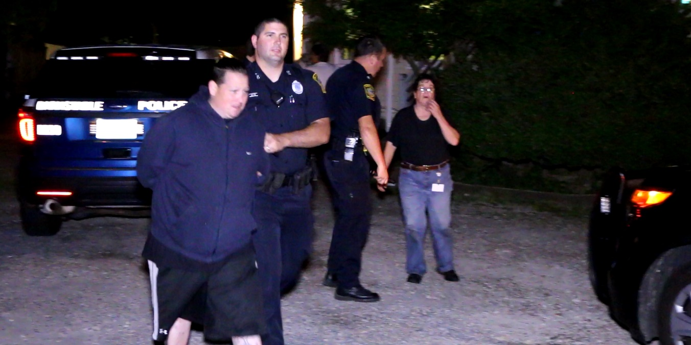 PACKIE RUN GONE BAD: Son hauled away, accused of just robbing man at knifepoint… mom blindsided by news… [VIDEO]