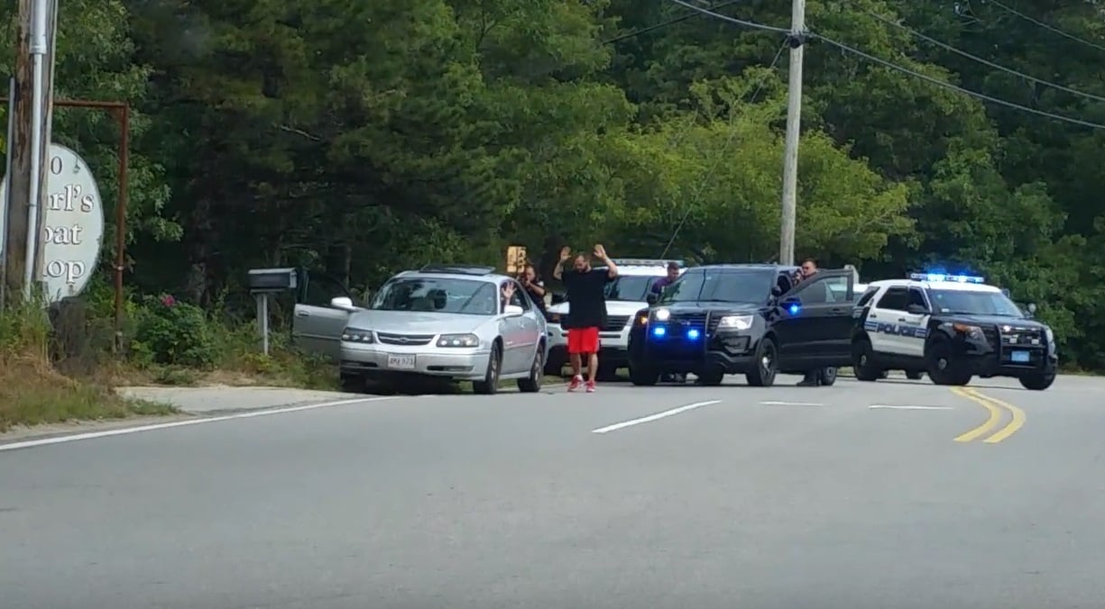 HARWICH FELONY STOP: Suspects taken down at gunpoint… 3 arrested… [NEW HD VIDEO]