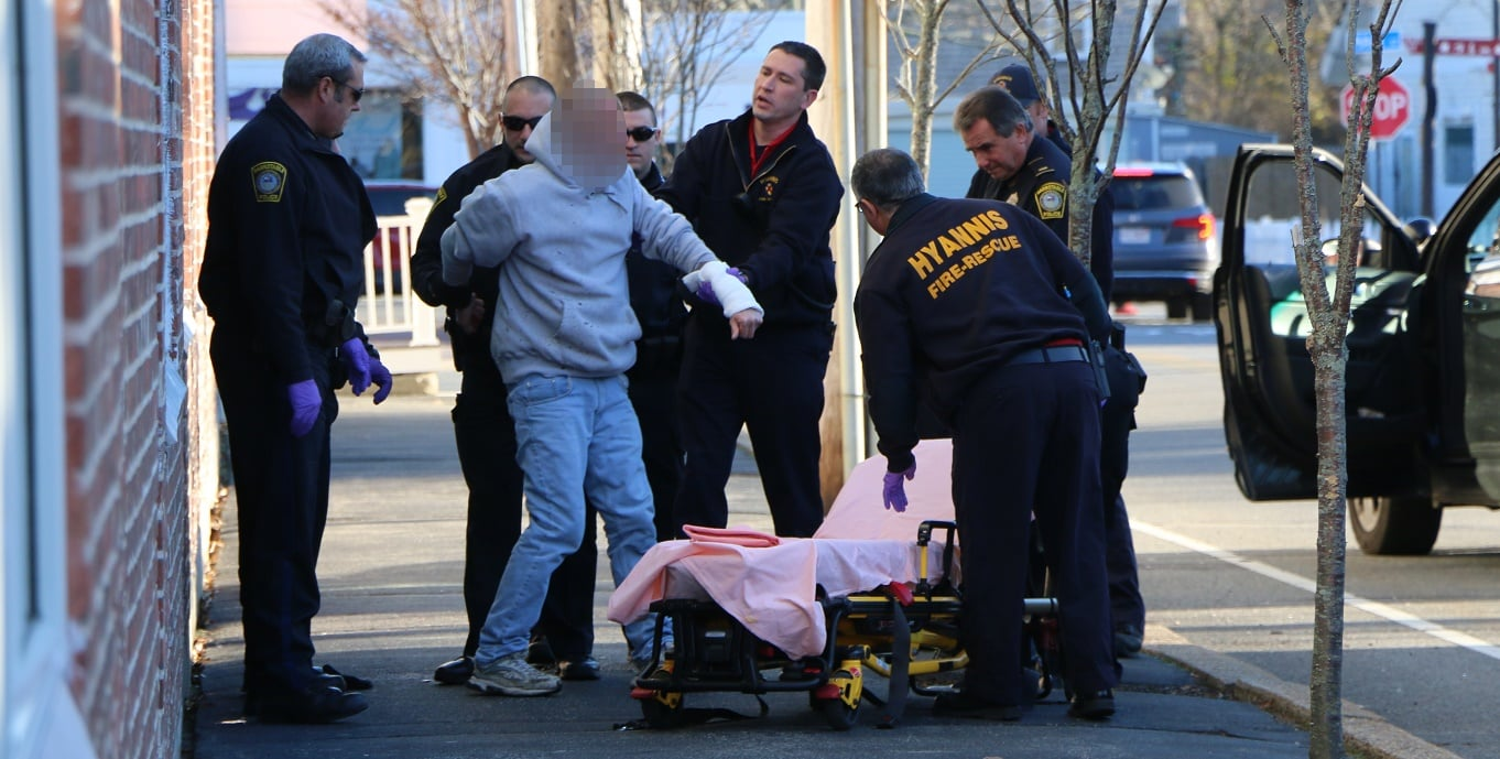 DOWNTOWN: Man slashing self with razor located and saved by police and firefighters… [VIDEO/AUDIO]