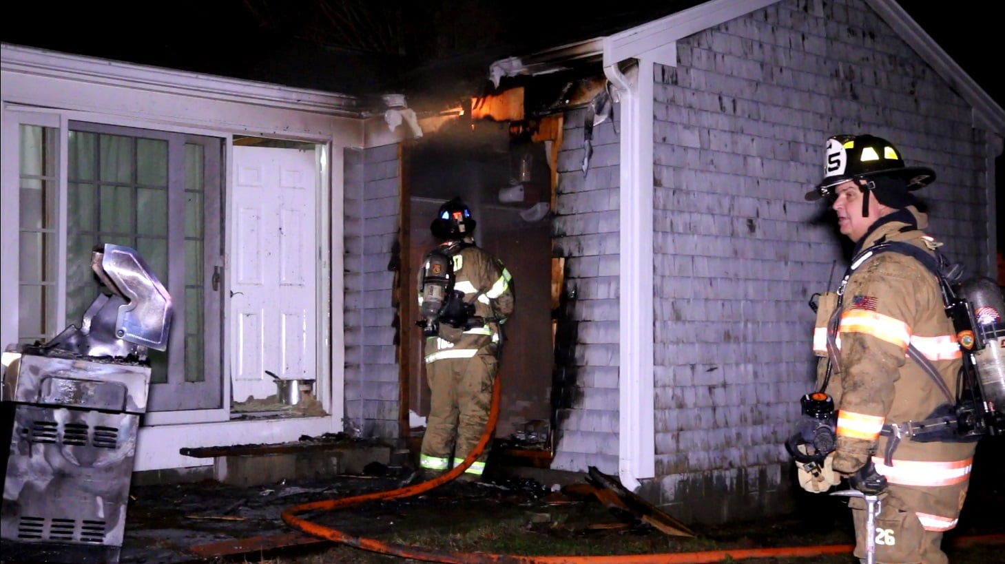 Alert neighbor noticed flames from gas grill that reignited and caught garage on fire… [VIDEO]