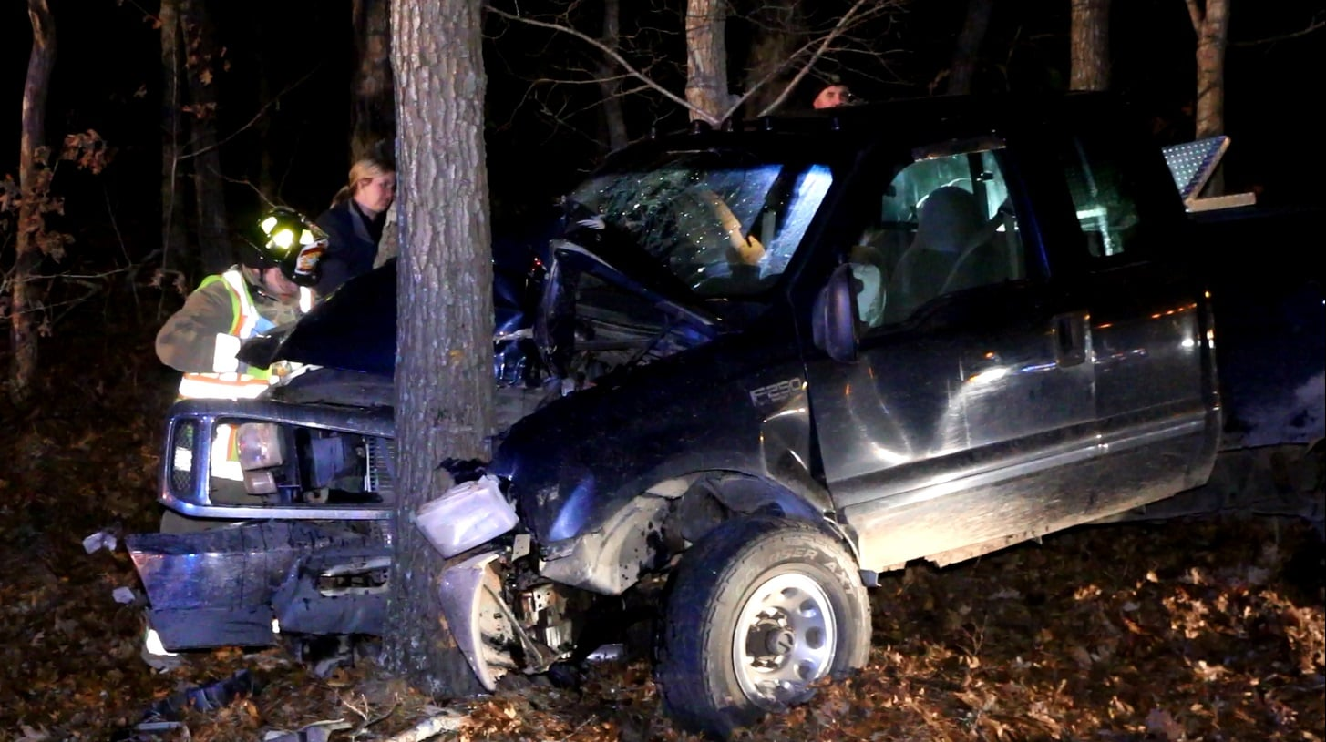 Truck wraps around tree, sends three to CCH… [VIDEO]