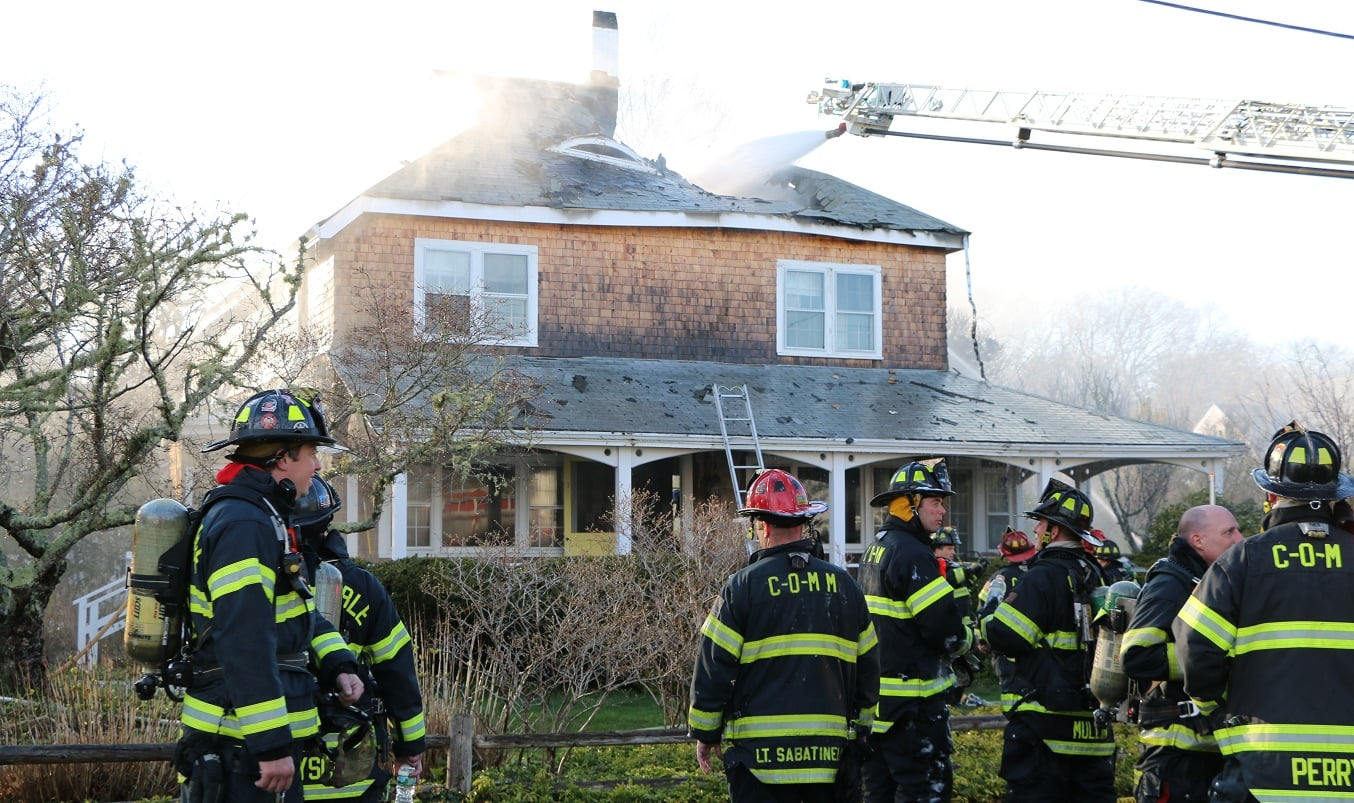 RAW VIDEOS: Family dog dies in multiple alarm Osterville house fire…