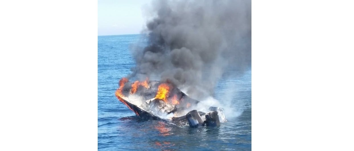 RECREATIONAL BOAT UP IN FLAMES: 5 rescued 18 miles south of Nomans Land…