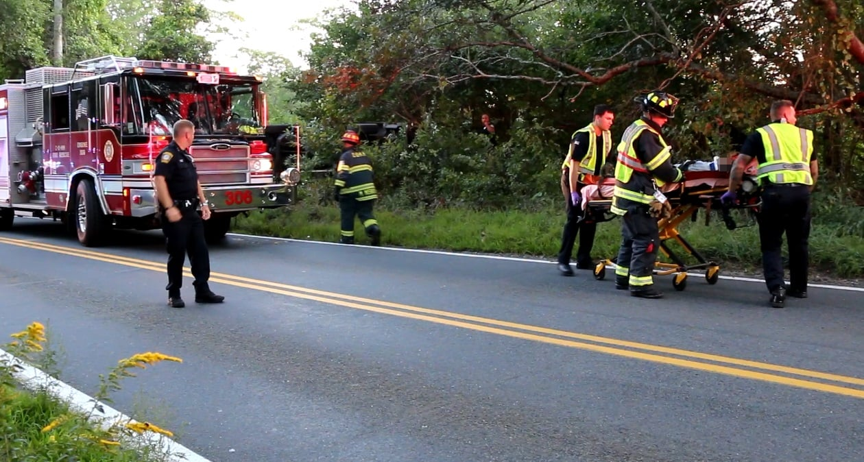 HN VIDEO: Driver entrapped after Jeep rolled over into woods…