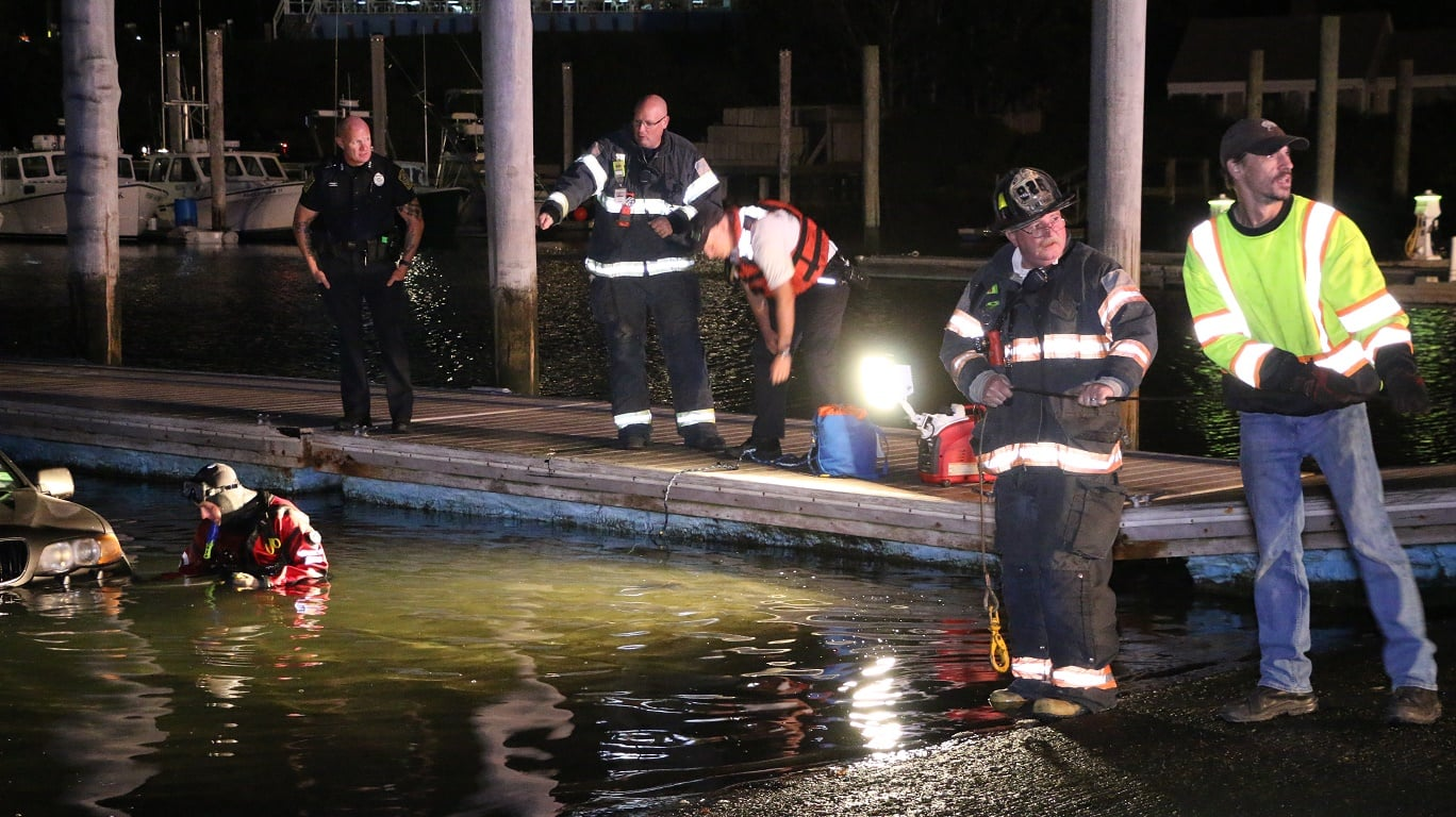 HN VIDEO:  BMW into Lewis Bay… dive team called in to help recover…