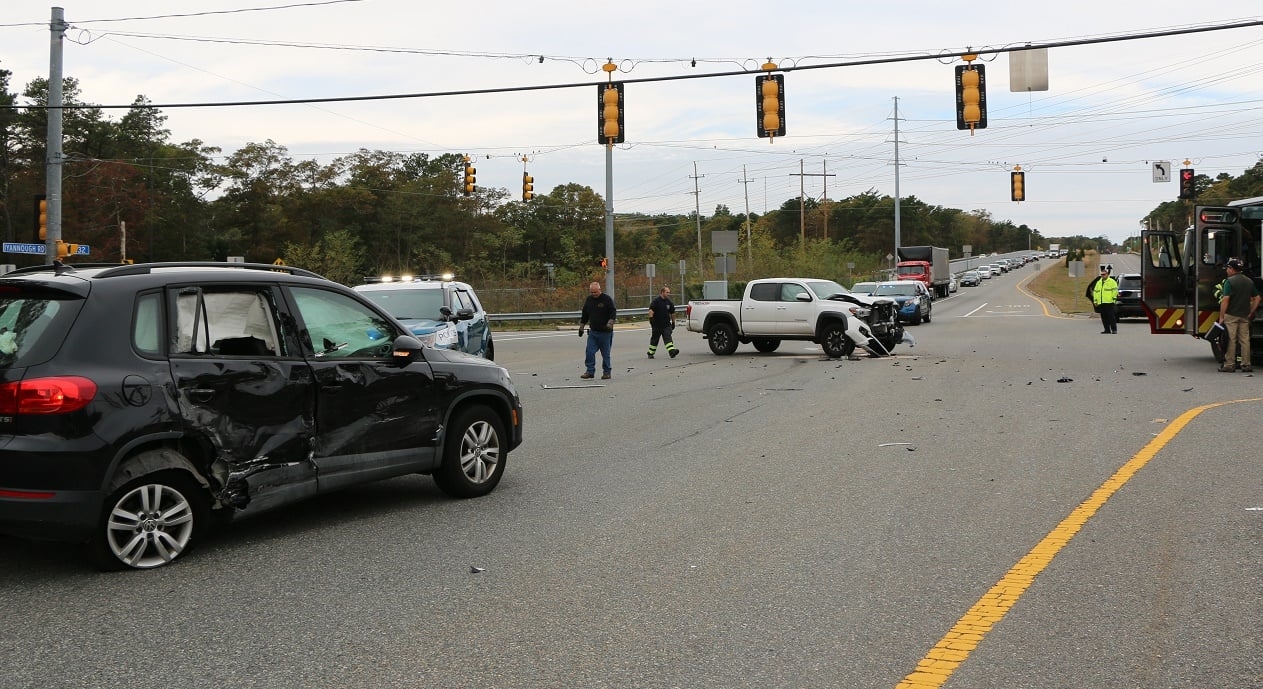 HN VIDEO:  Police investigating Route 132 collision… one driver taken to CCH…
