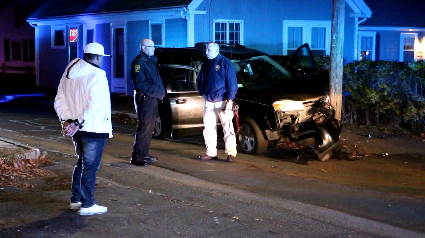 HN PHOTOS:  Man detained while police investigate abandoned wrong-way crash scene…